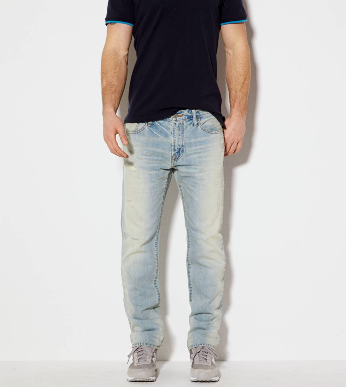Light Bleach Slim Straight Jean