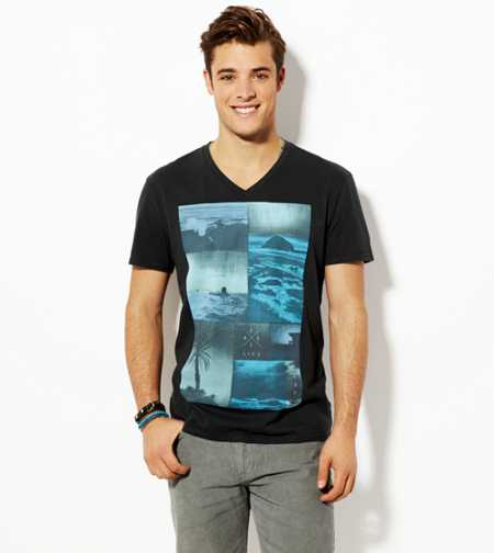 AE Photo Real V-Neck T-Shirt