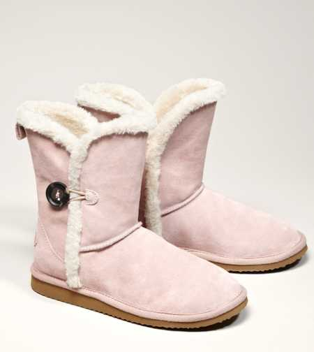 AEO Button Warm & Fuzzy Boot