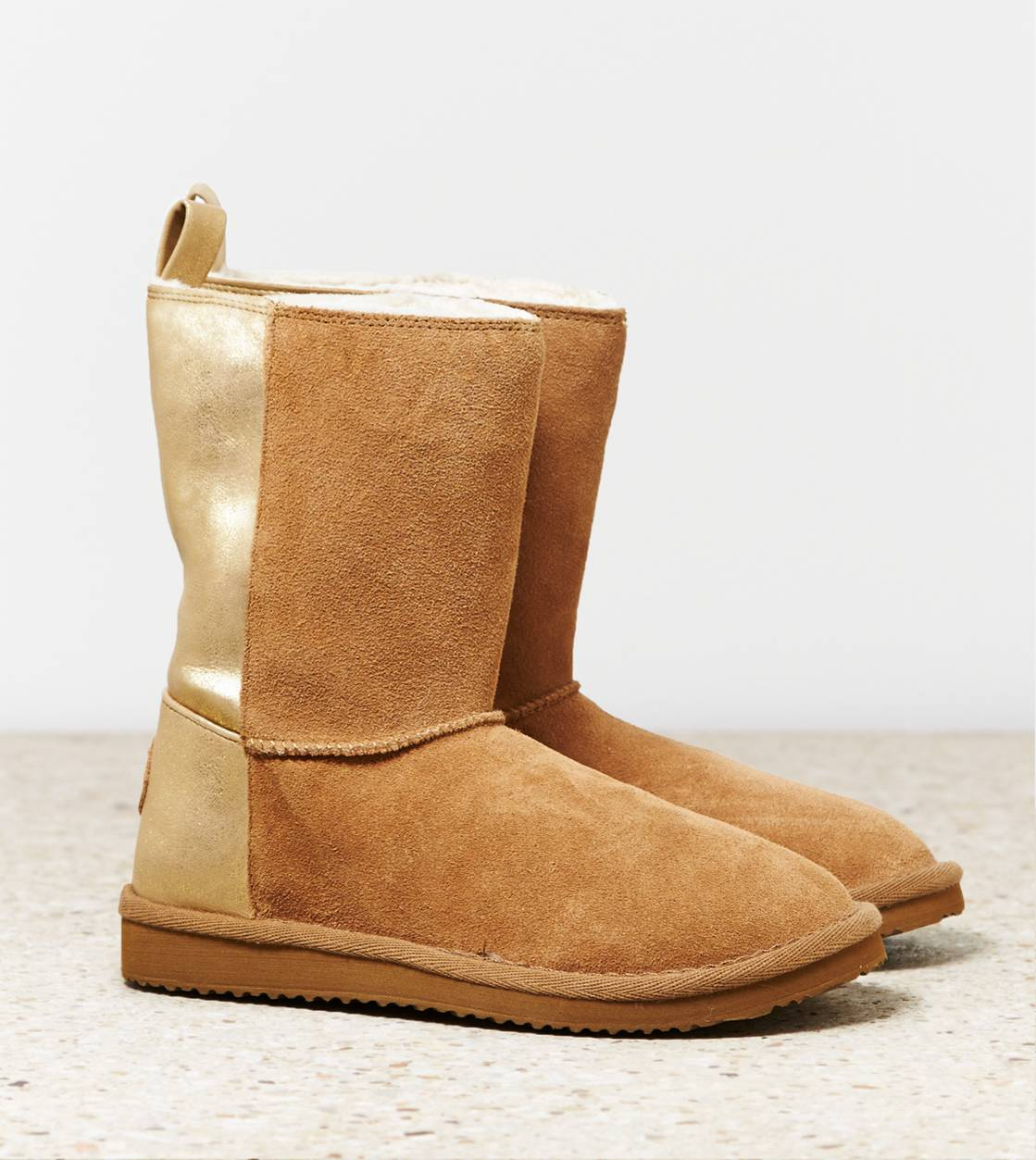 Chestnut AEO Metallic Blocked Cozy Boot