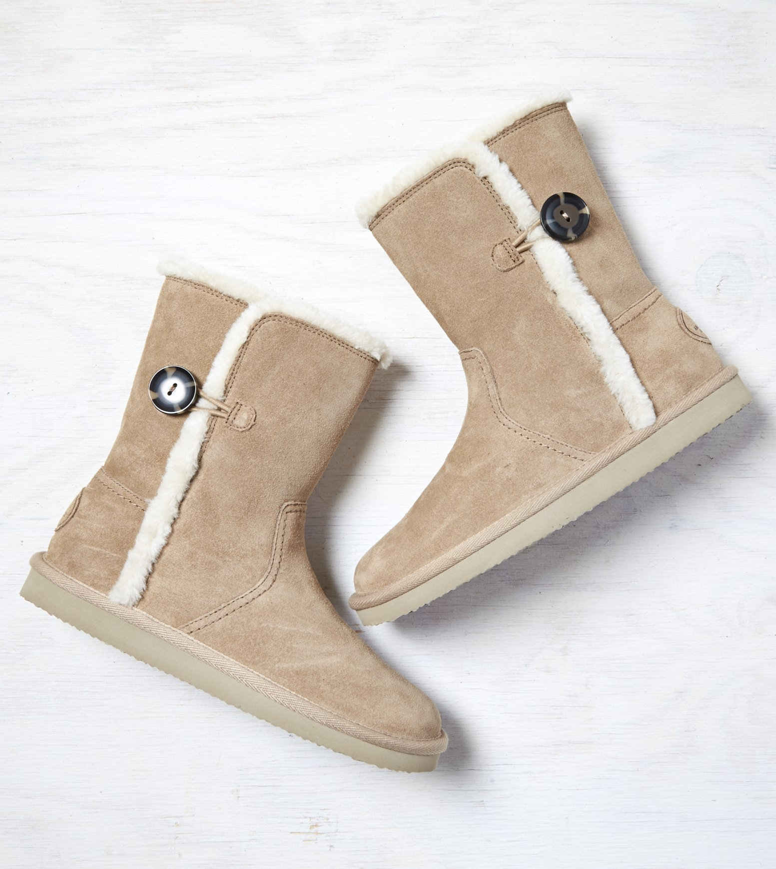 aeo s cozy suede boots limited sizes 14 free
