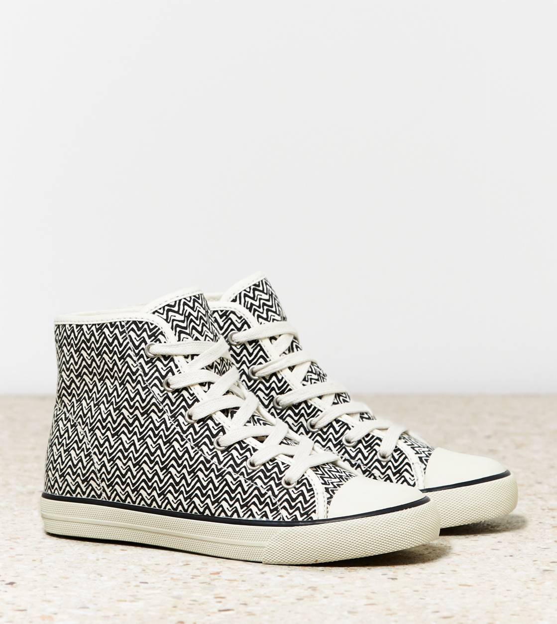Black AEO Printed High Top Sneaker