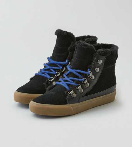 AEO High Top Sneaker