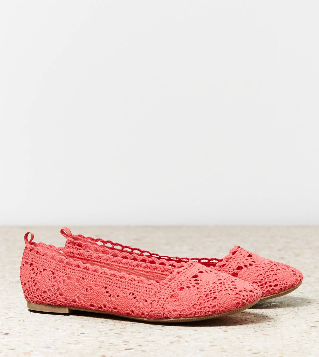 Rose AEO Crocheted Flat