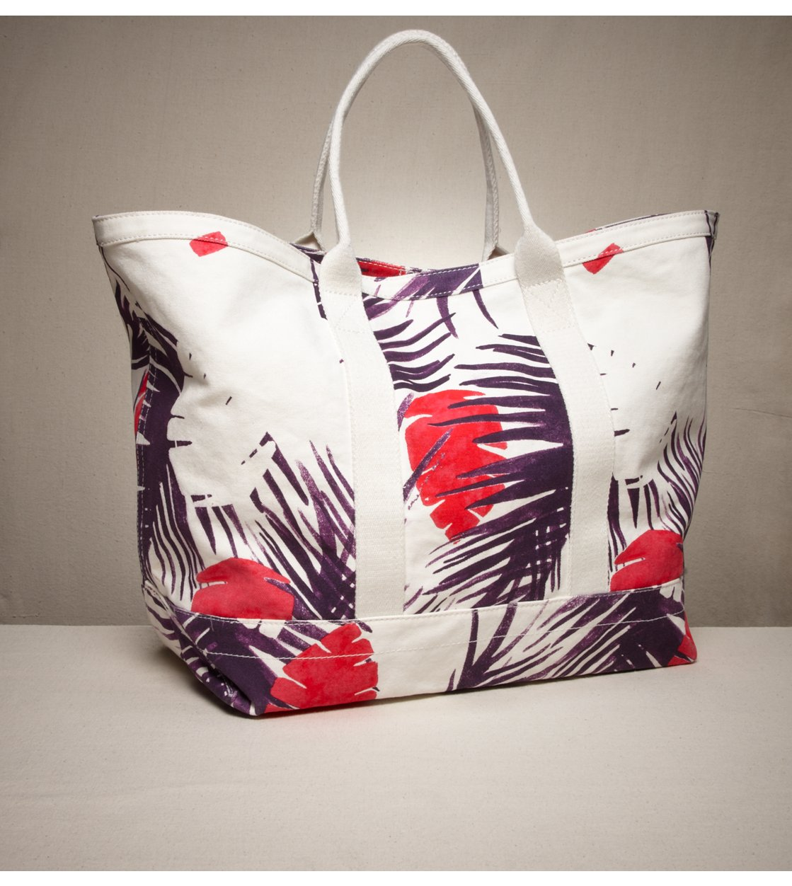 American Eagle Outfitters - Graphic Beach Tote from ae.com