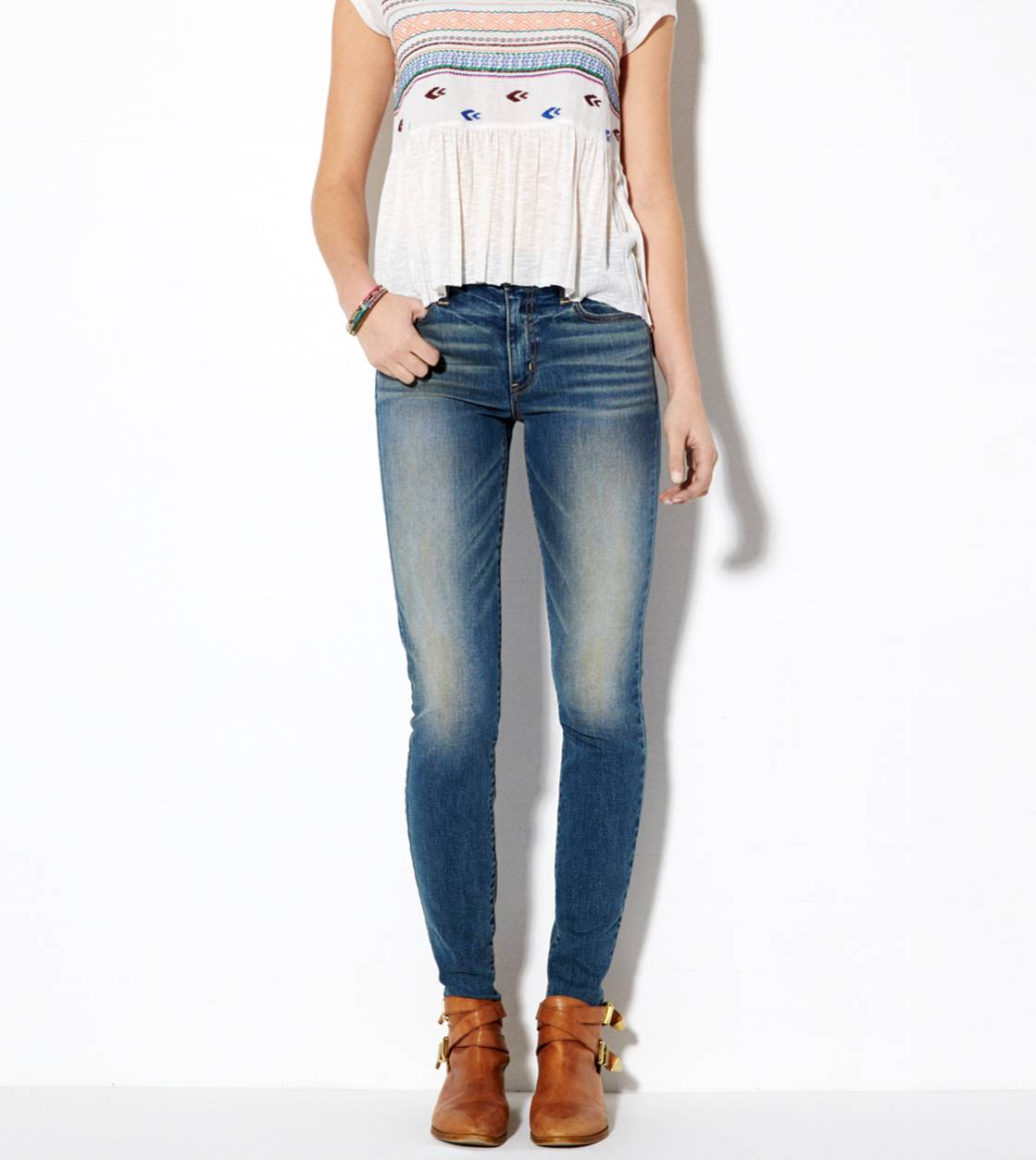 Medium Wash High-Rise Jegging