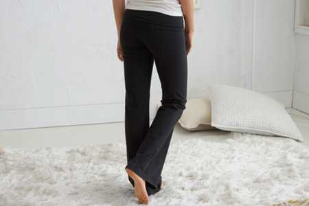 Aerie Slim Gym Yoga Flare Pant - Take 40% Off
