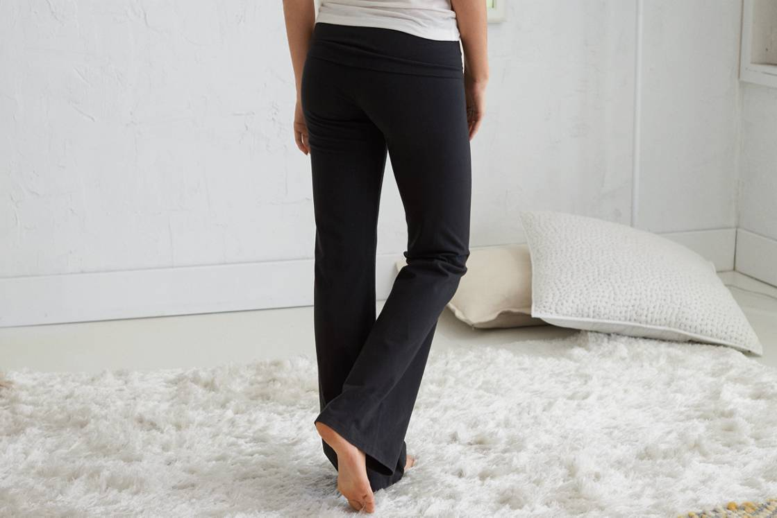 True Black Aerie Flare Yoga Pant