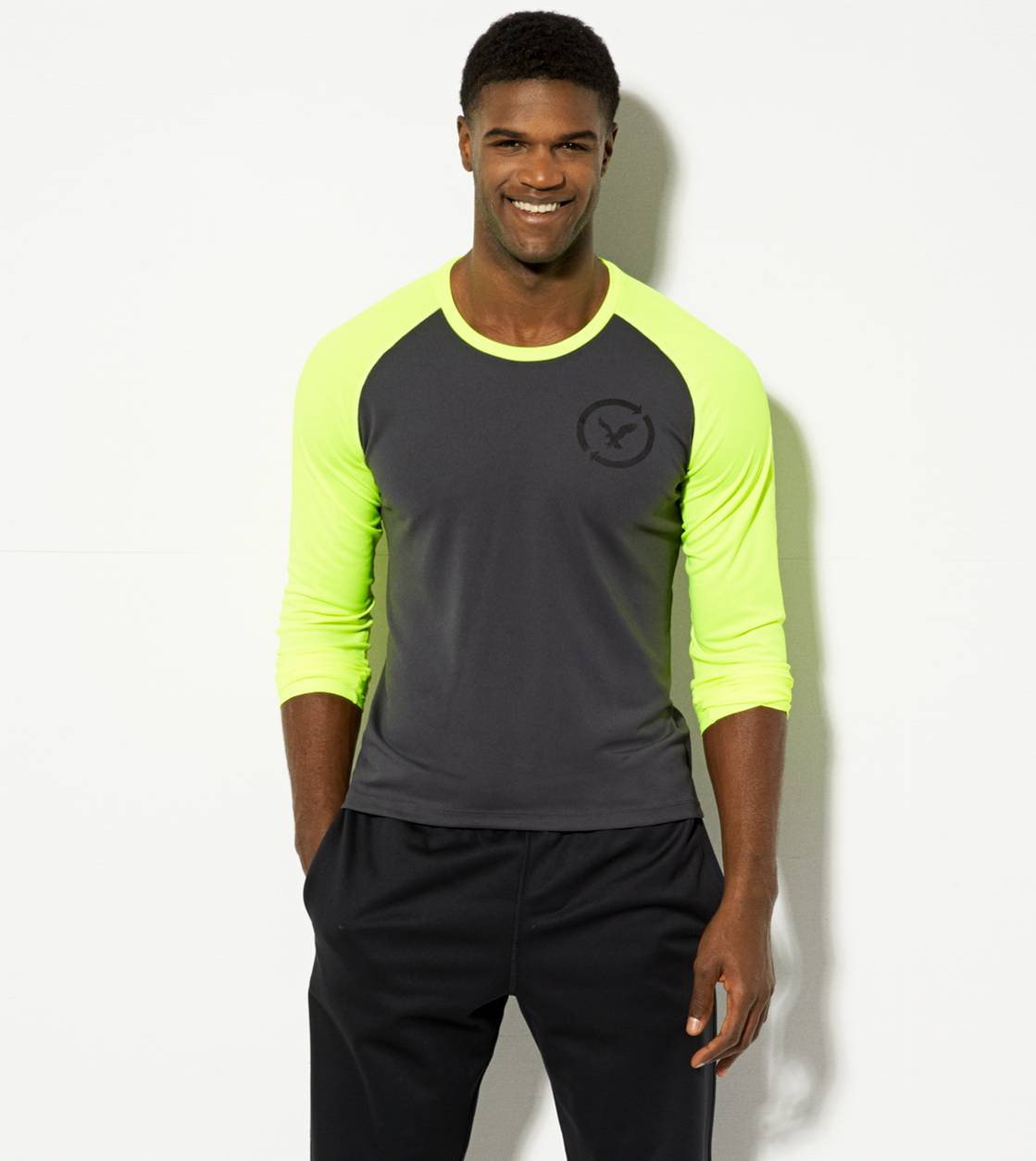 Dark Graphite AEO Performance Long Sleeve T-Shirt