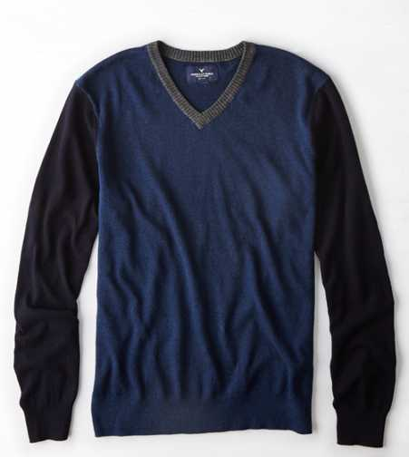 AEO Colorblocked V-Neck Sweater - Buy One Get One 50% Off