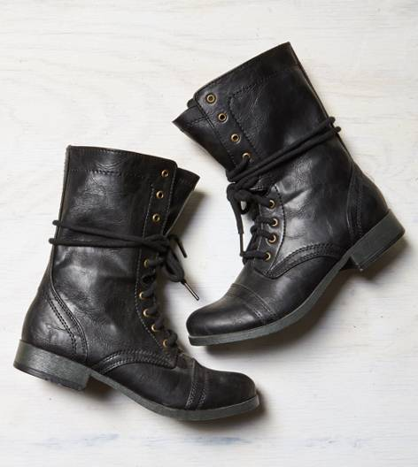 Black AEO Rugged Lace Front Boot