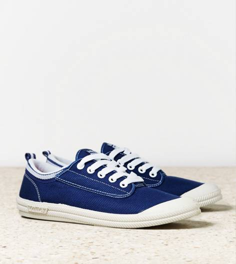 Navy Volley International Sneaker