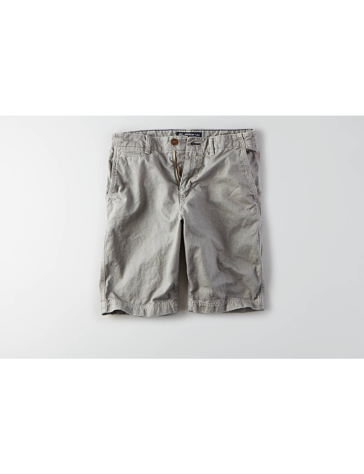 Display product reviews for AEO Longer Length Flat Front Short
