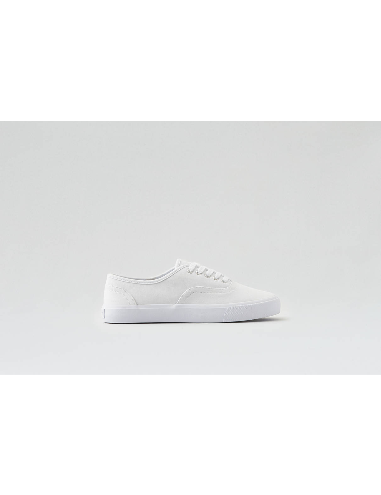 Display product reviews for AEO Lace-Up Sneaker