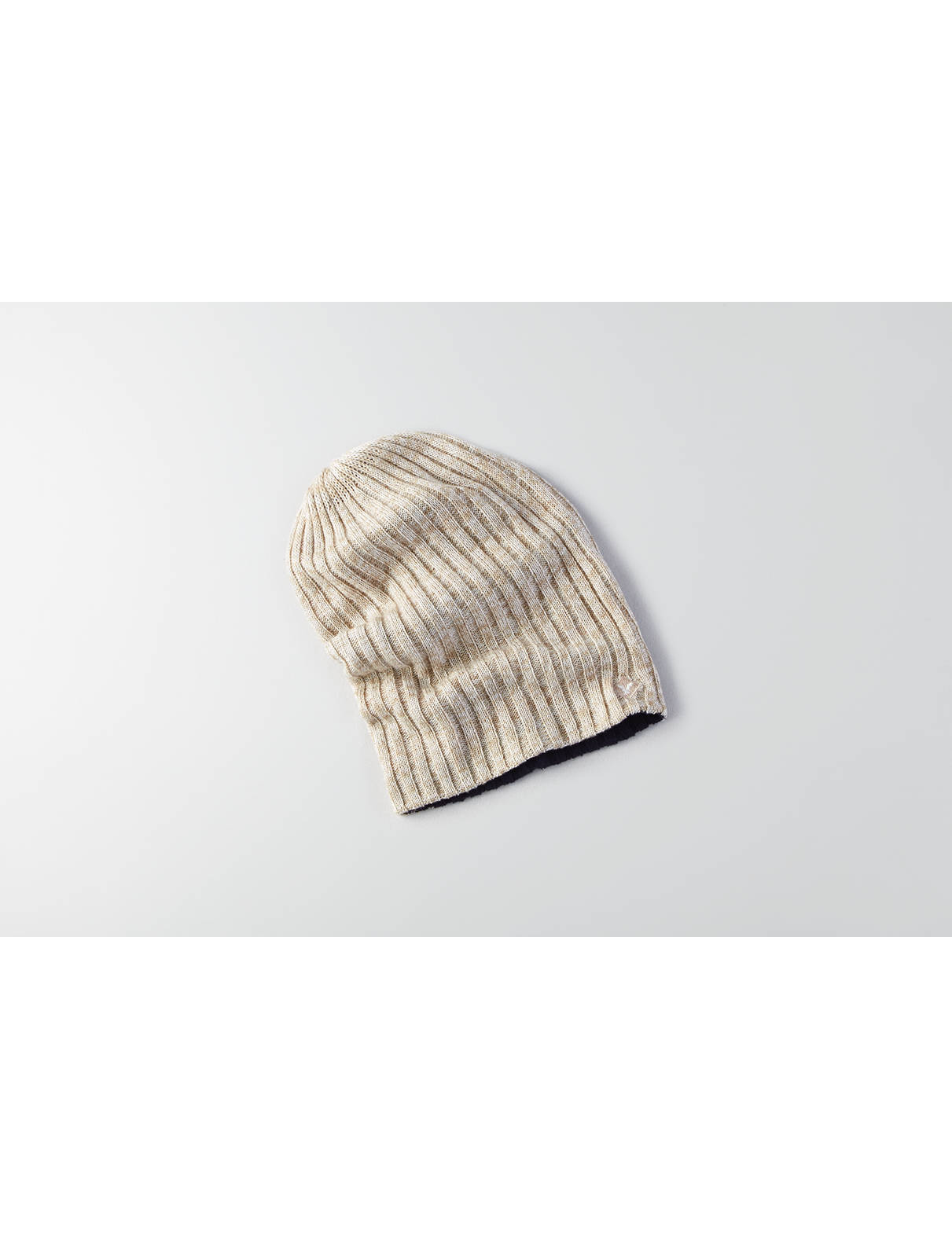 Display product reviews for AEO Slouchy Reversible Beanie