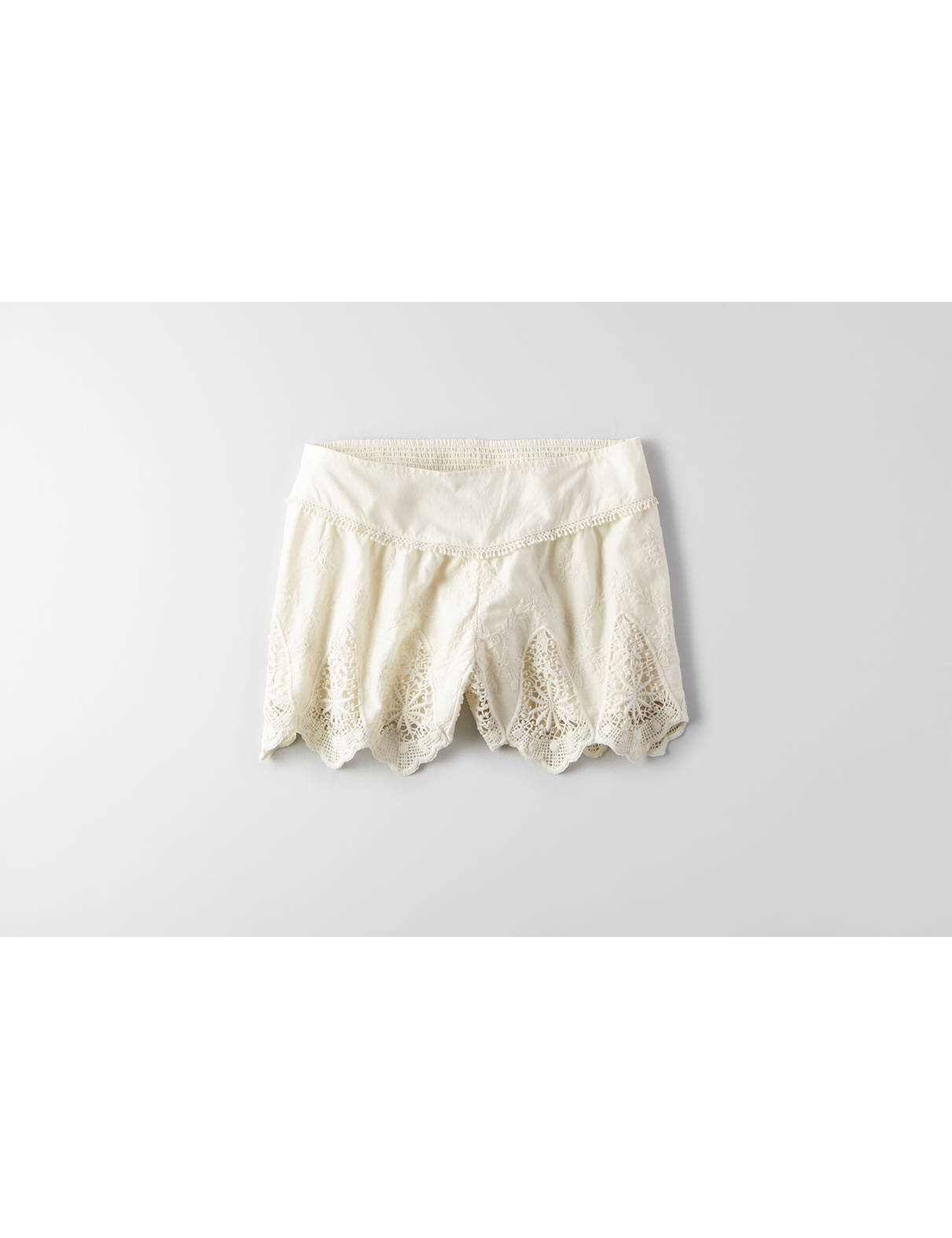 Display product reviews for AEO Lace Ruffle Soft Shorts