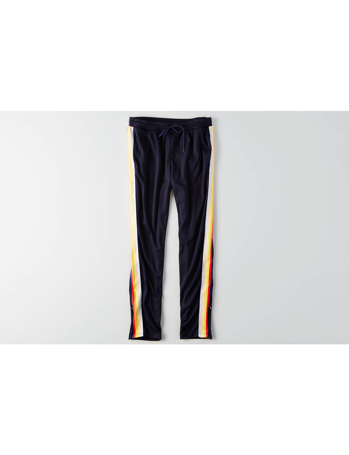 Display product reviews for AEO Track Pant