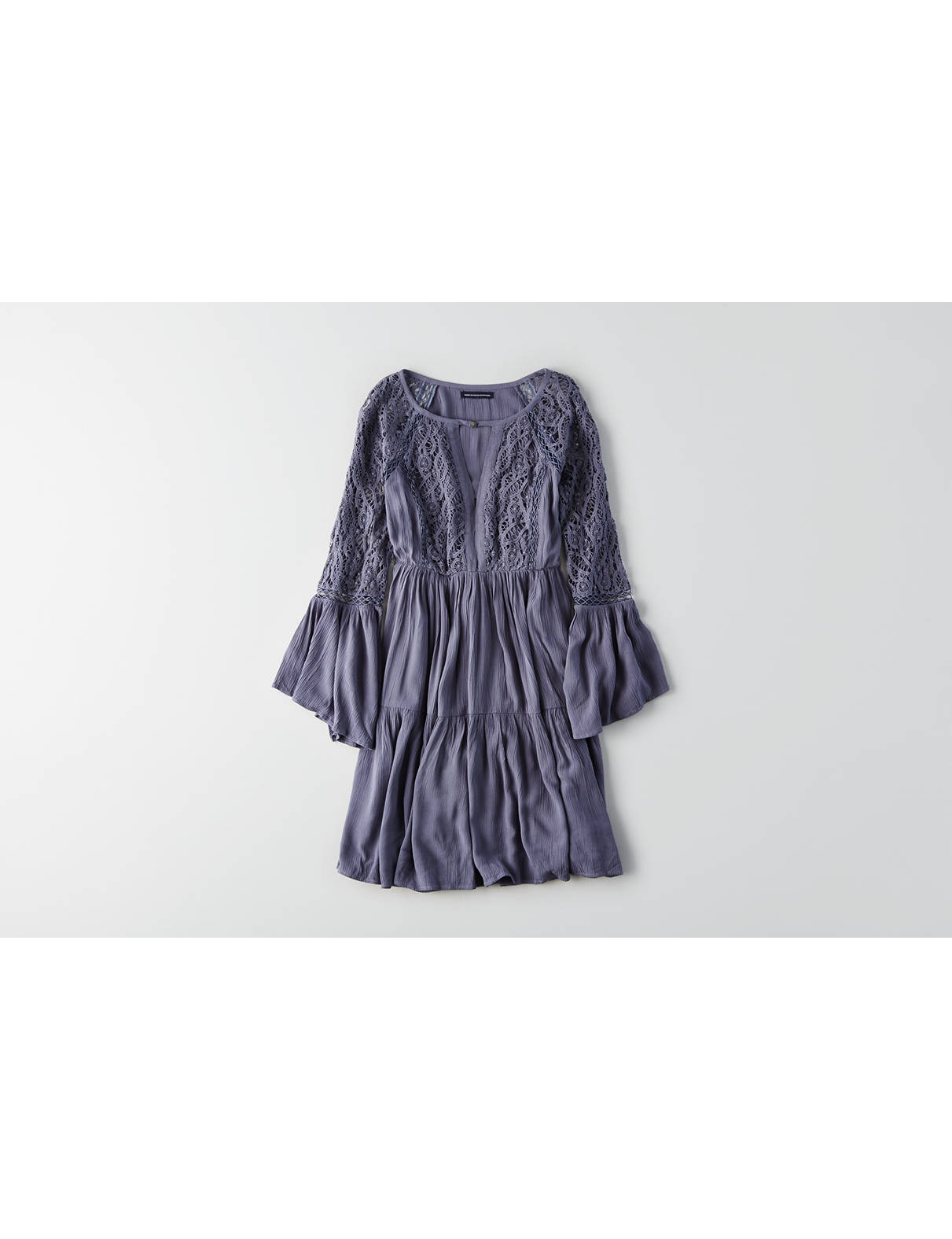 Display product reviews for AEO Tiered Keyhole Dress