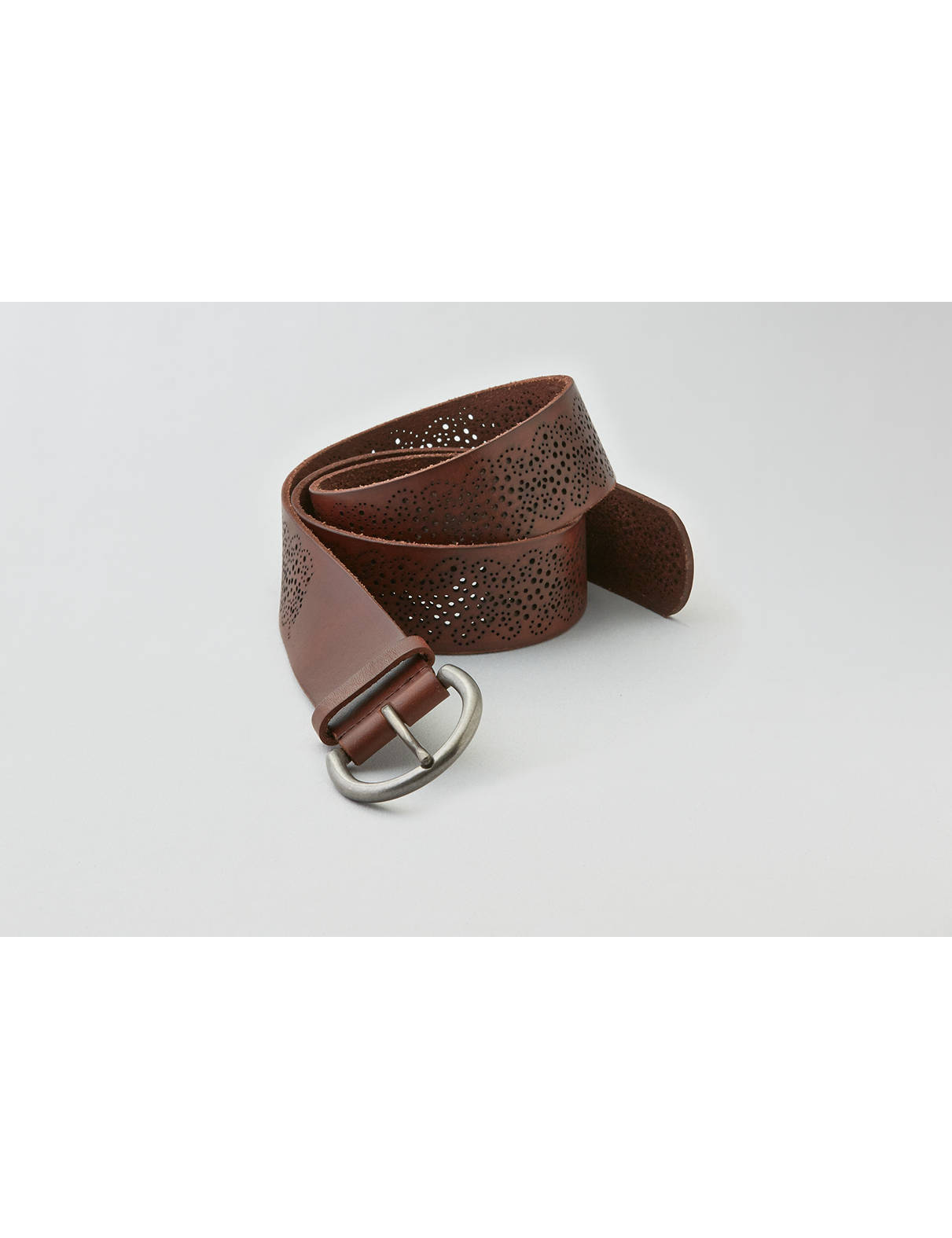 Display product reviews for AEO Perforated Leather Belt