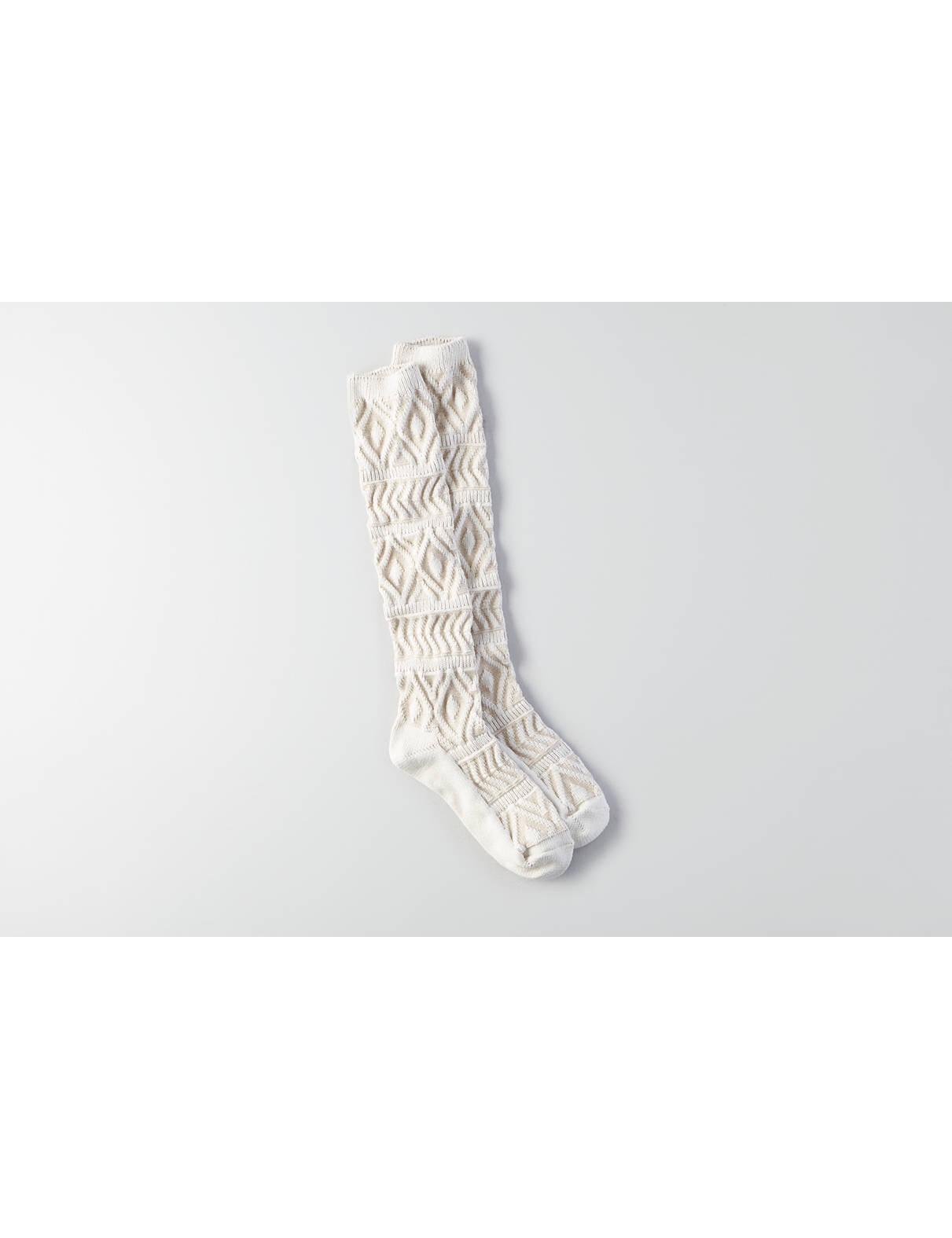 Display product reviews for AEO Textured Boot Socks