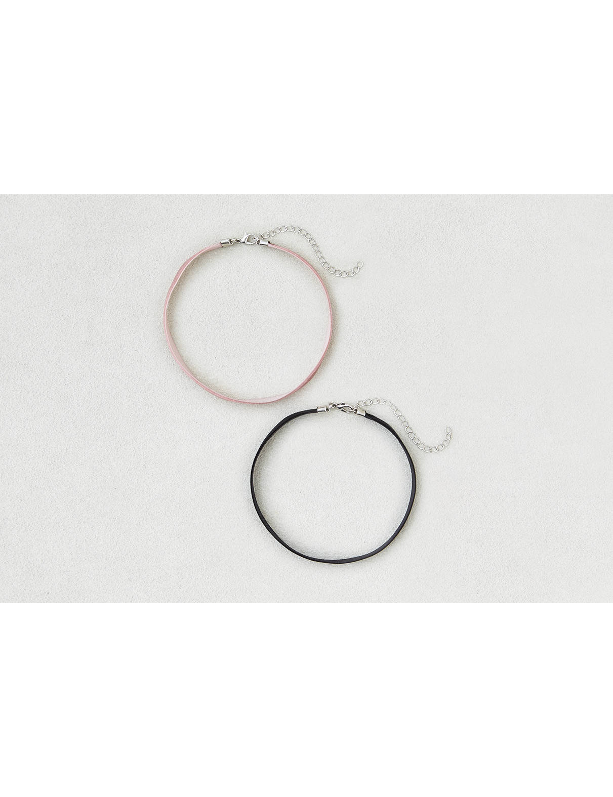 Display product reviews for AEO Plum & Black Choker Duo
