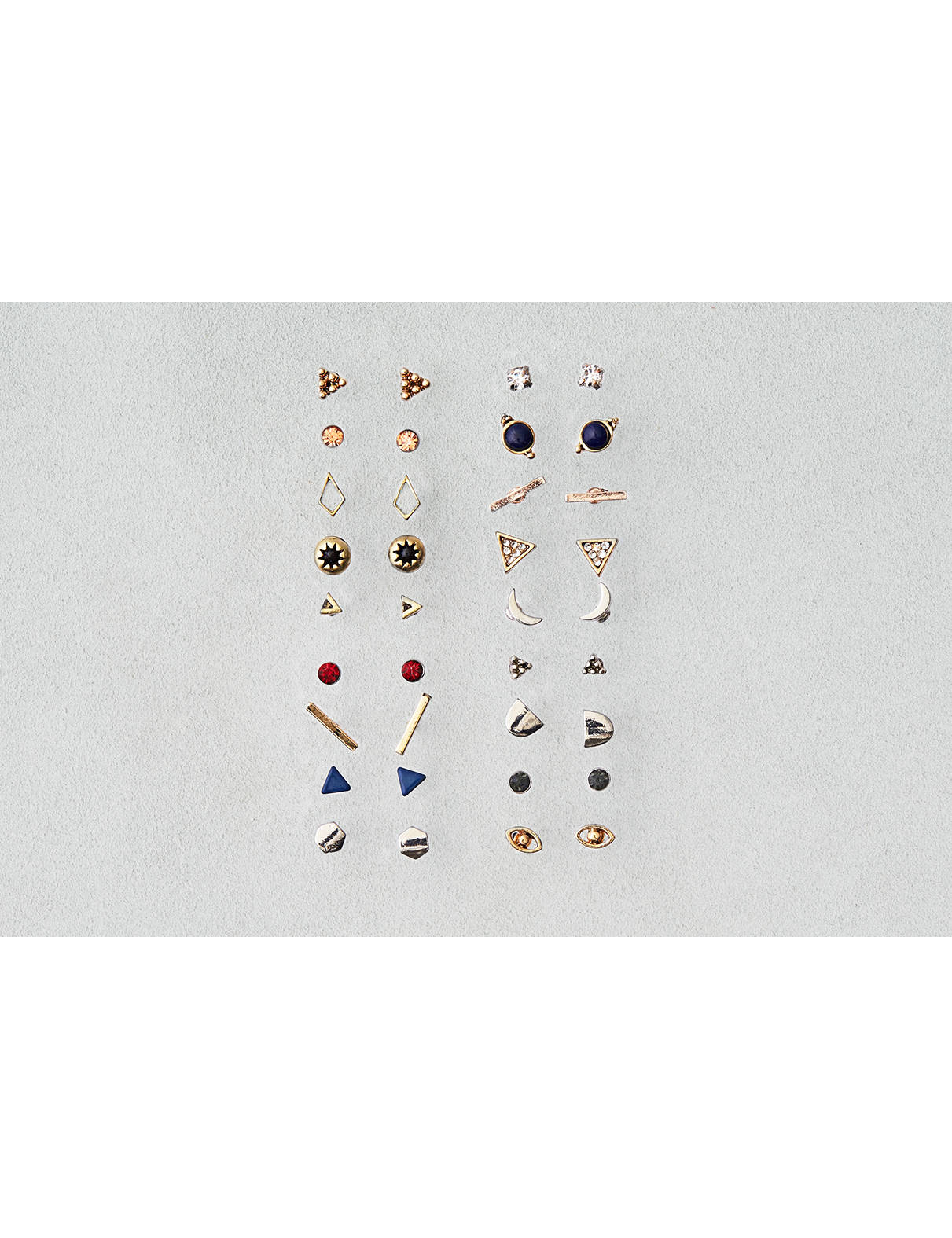 Display product reviews for AEO 18-Pack Stud Earrings