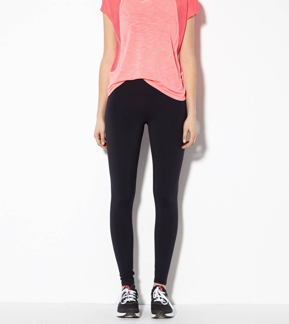 Black AEO Performance Legging