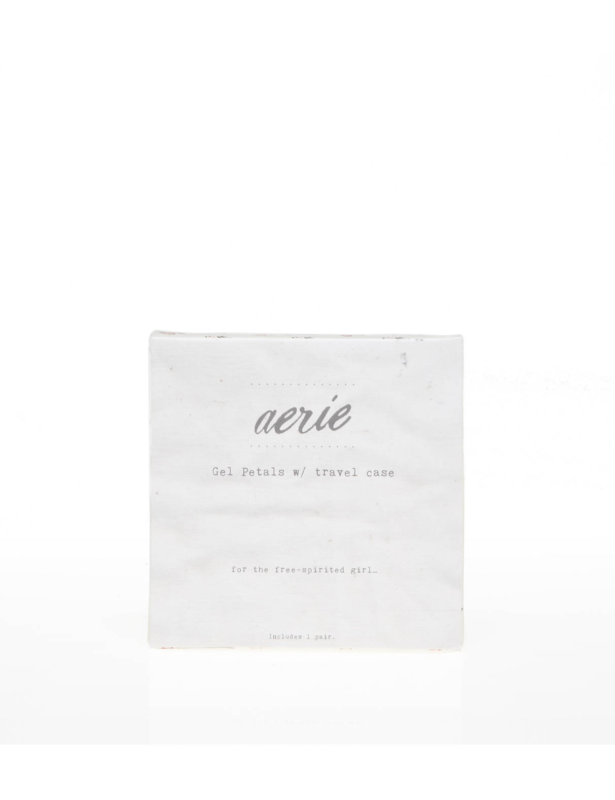 Display product reviews for Aerie Gel Petals With Travel Case