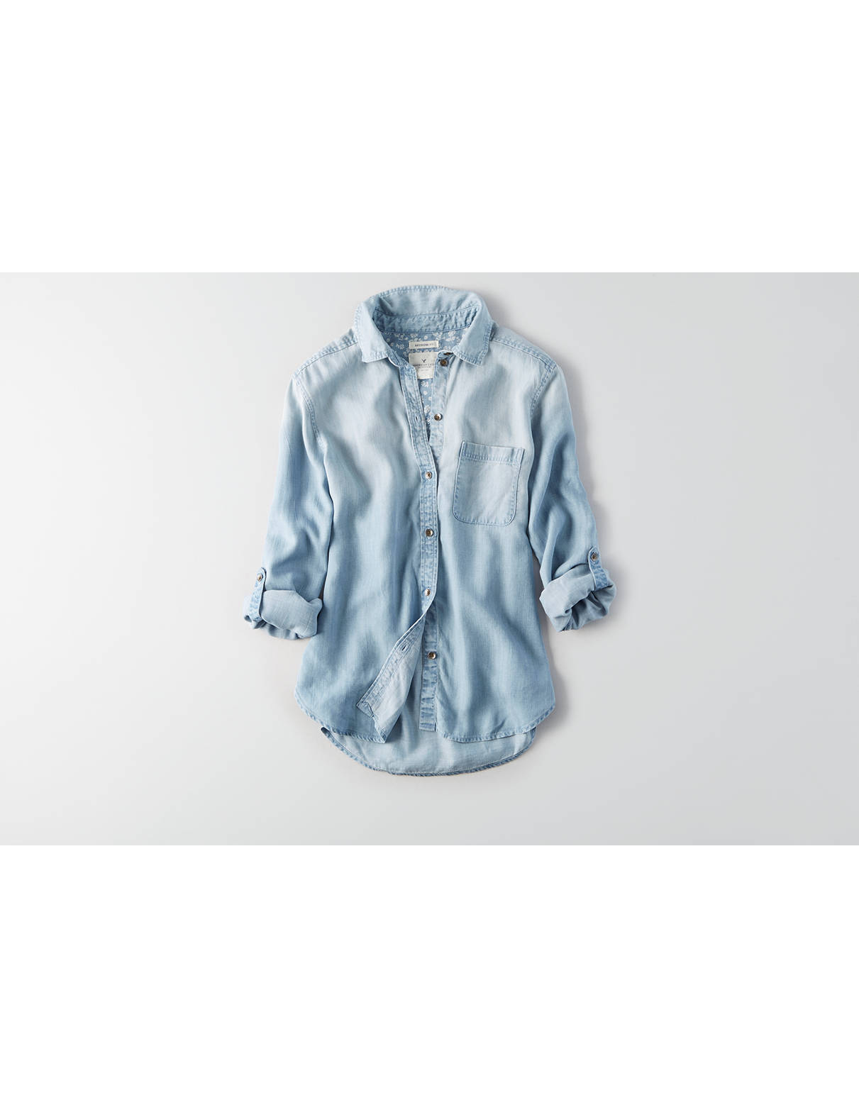Display product reviews for AEO Boyfriend Denim Tencel Shirt