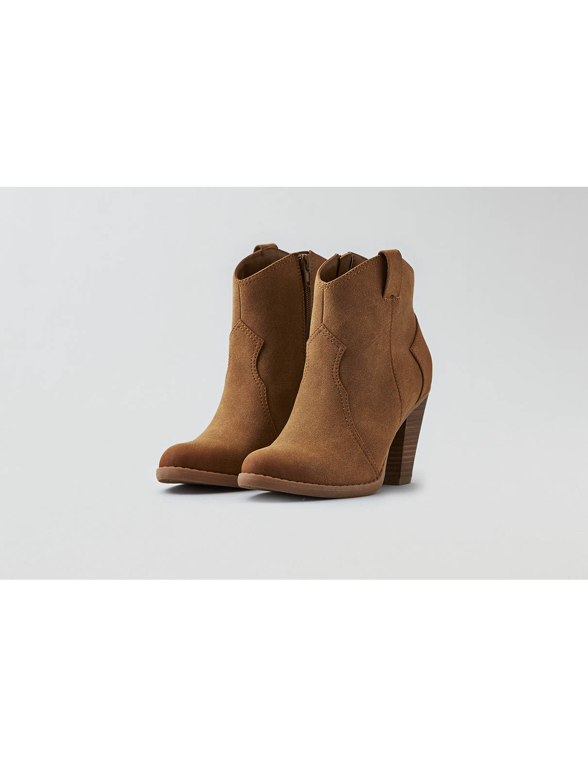 Display product reviews for AEO Heeled Western Bootie