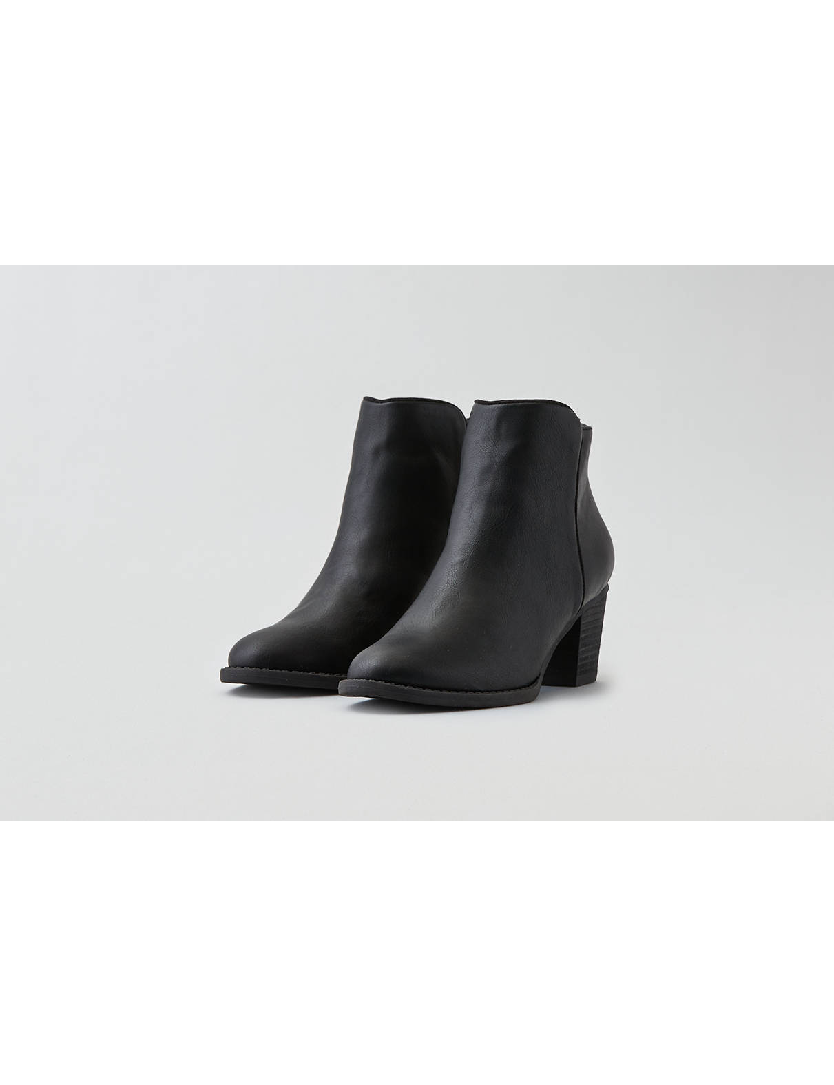 Display product reviews for AEO Zip Back Heeled Bootie