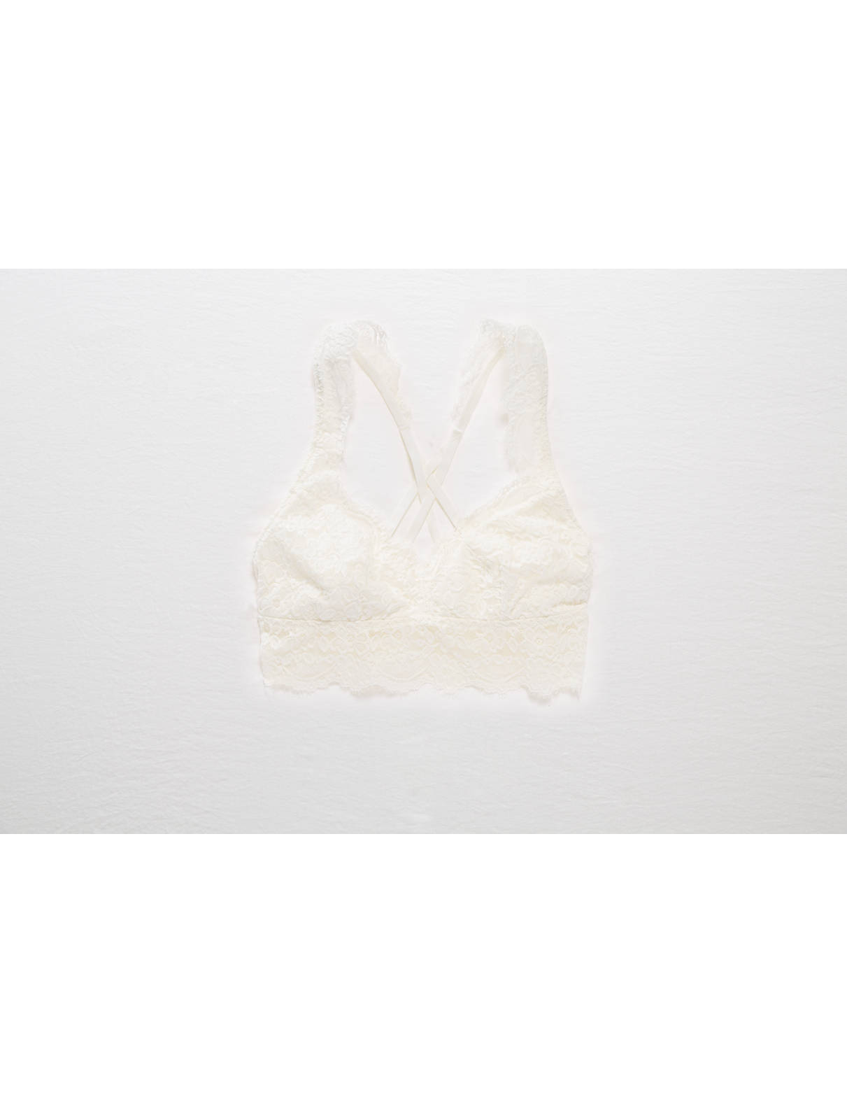 Display product reviews for Aerie Romantic Lace Strappy Back Bralette